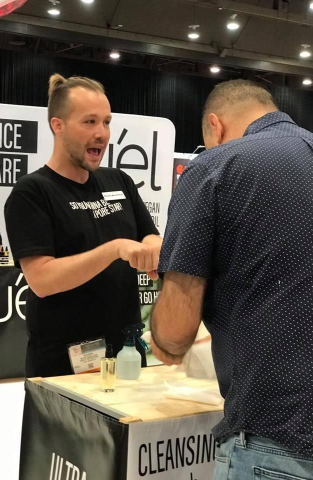 Richard Merrill sharing his passion for the TUEL Deep Pore Cleansing Duo at the 2017 IECSC Las Vegas Tradeshow