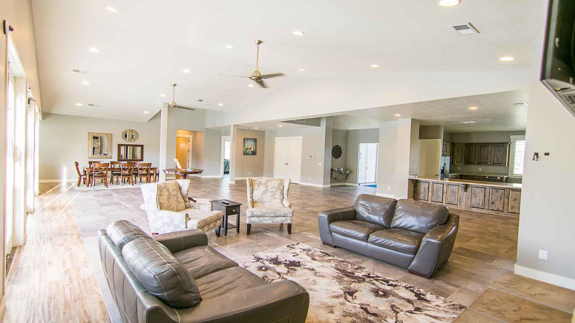 FIG's Edgewater multifamily clubhouse
