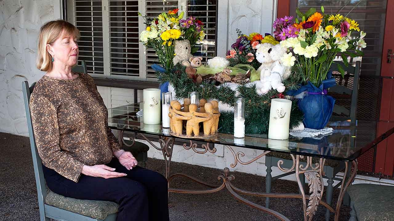 Animal Hospice Group - Giving Reiki to Sam (memorial)