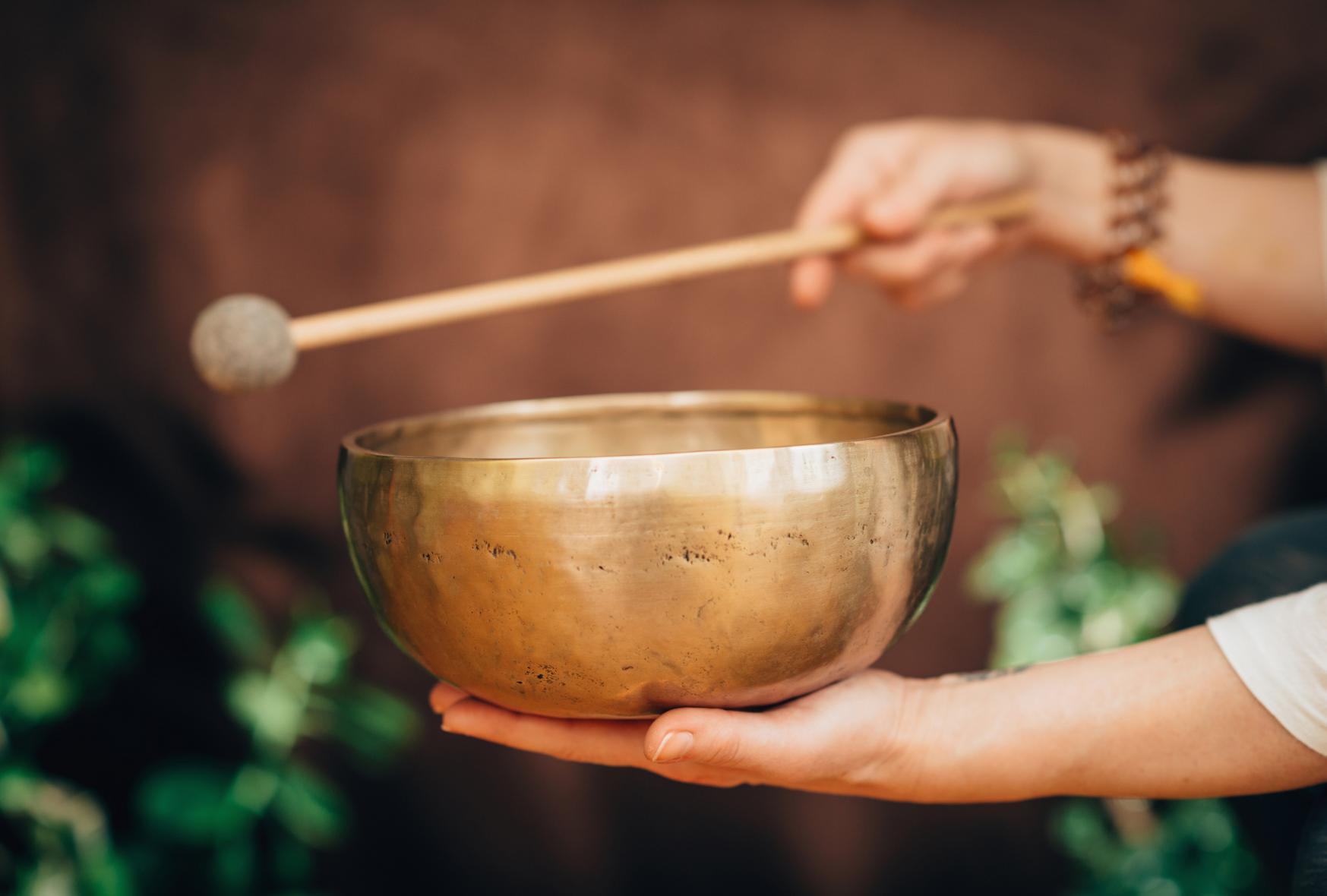 Sound Healing with Tibetan Bowls