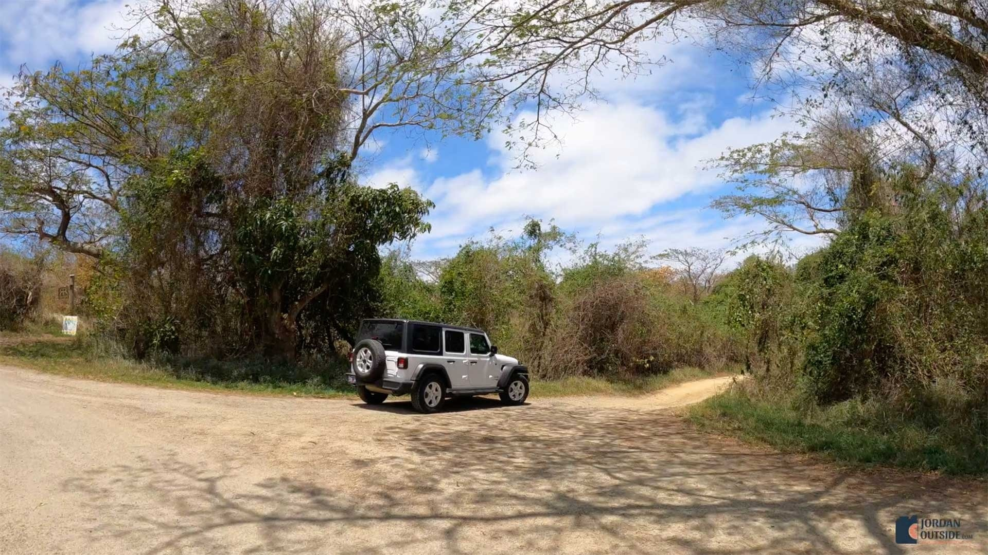 The 2nd turnoff to Annaly Bay