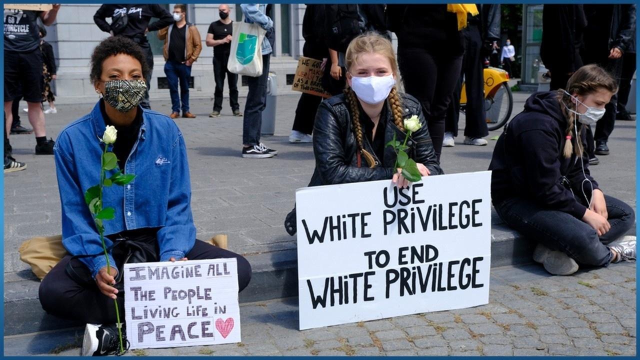 use white privilege to end white privilege protest sign