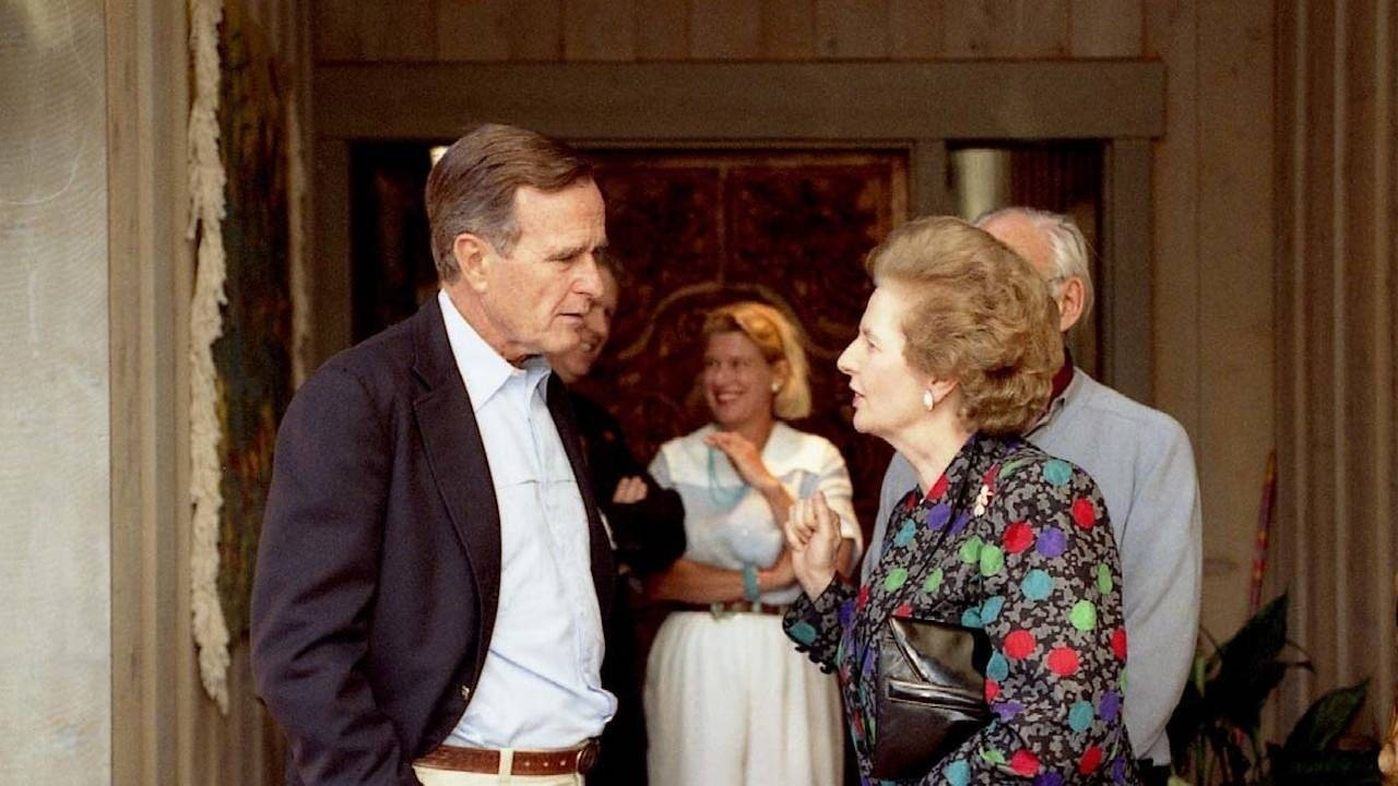 George H.W. Bush and Margaret Thatcher confer on the Gulf Crisis, September 1990.
