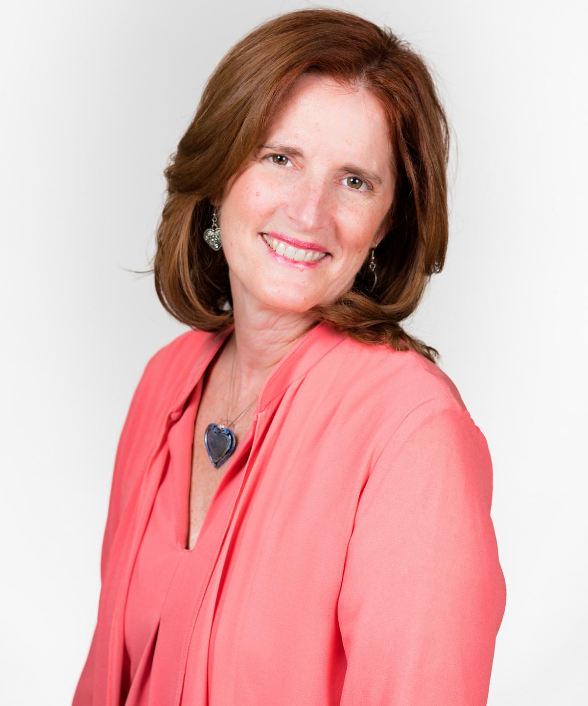 Debra Reis, Clinical Nurse Specialist, Certified Clinical Aromatherapist