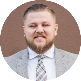 Nate Reineke handles financial planning for physicians with children and student loans