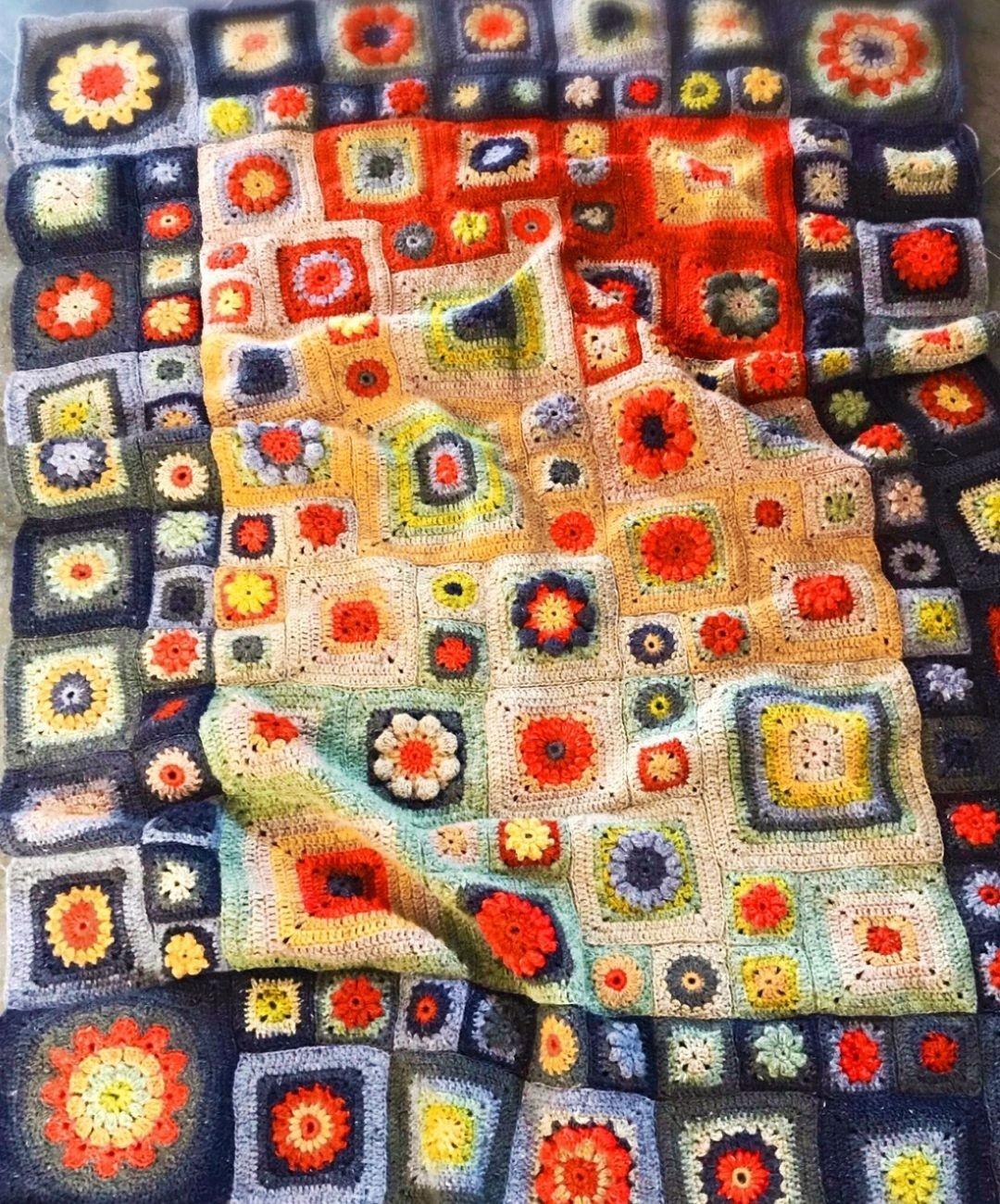 Homage crochet blanket detail