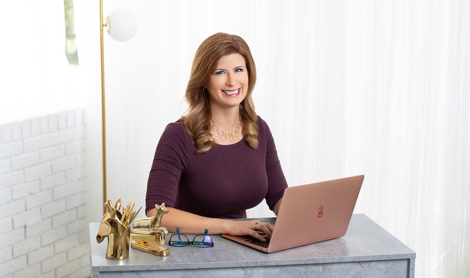 Free Strategy call with Jen Hamilton