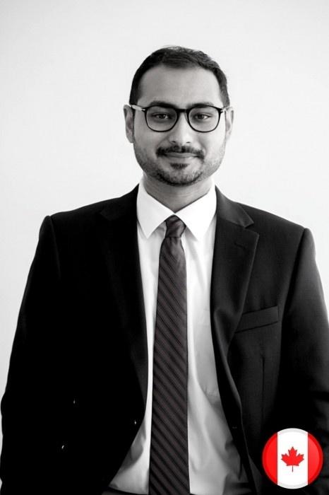 Hamza Abbasi is a native English teacher with English-Everyday