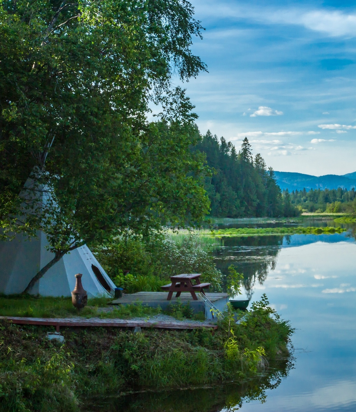 how to start a glamping business