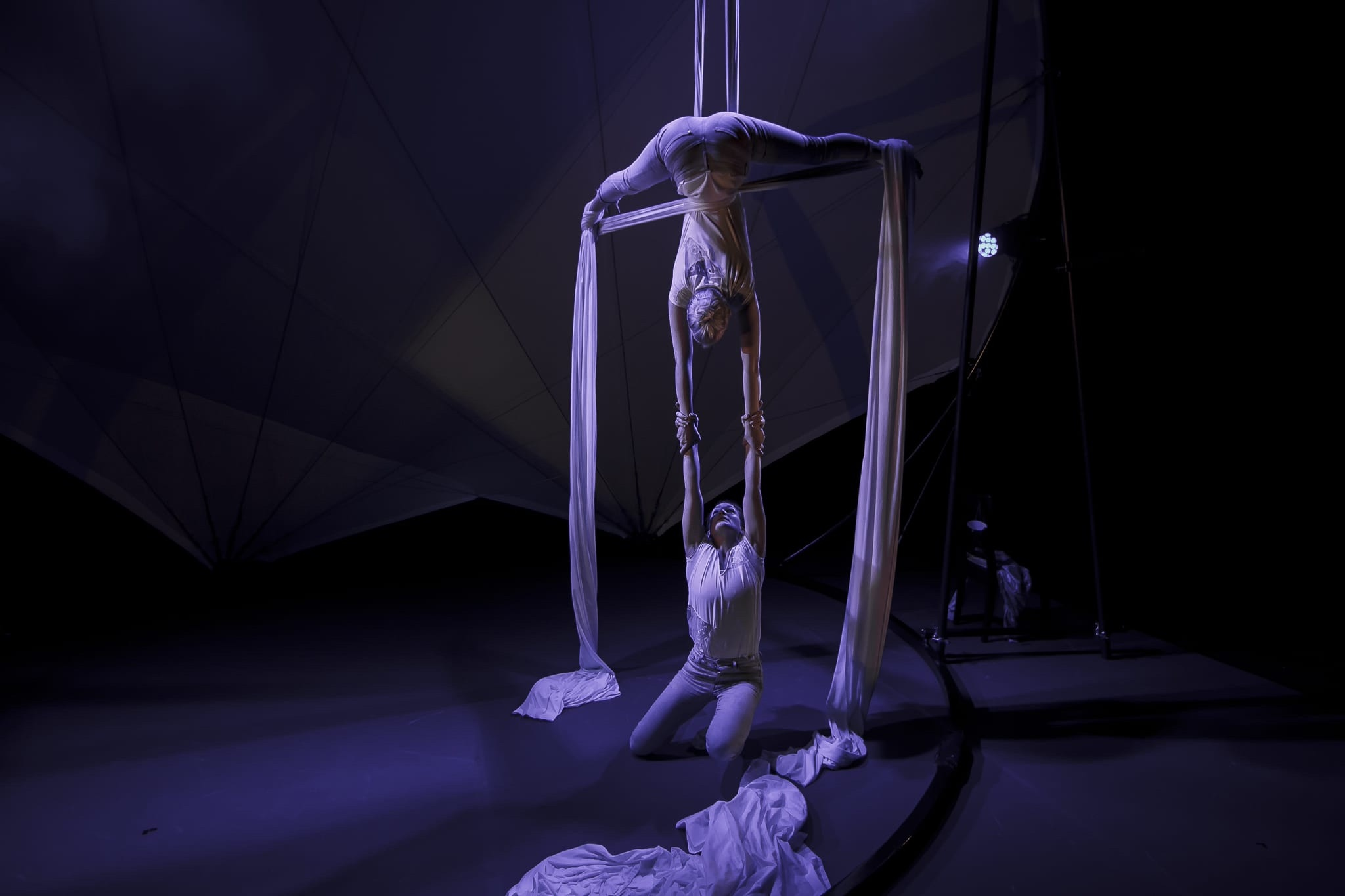 2 Aerial Artists on performing with Silks