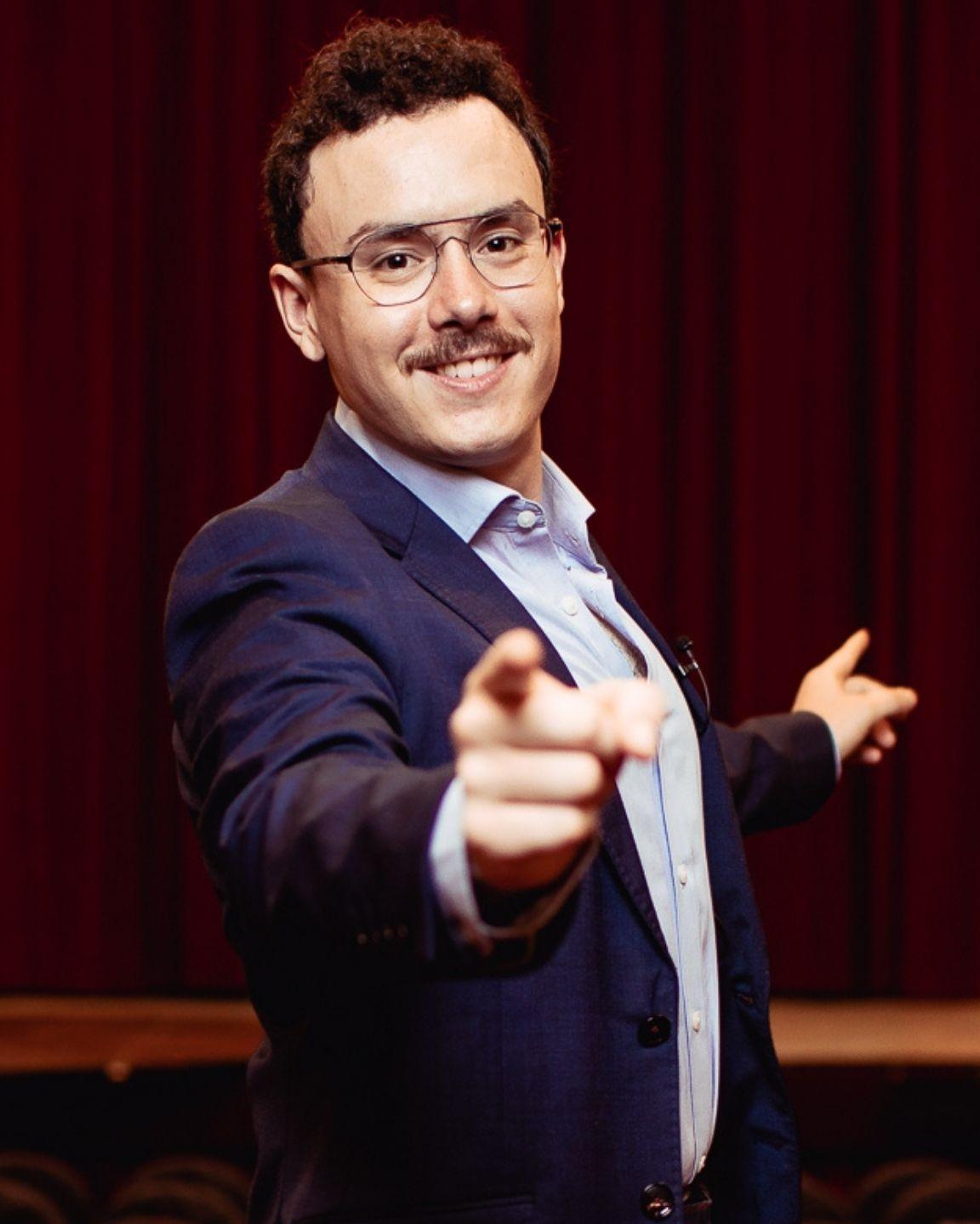 Curso de Ventas y Persuasión Online, con el formador de compañías como Spotify, Coca-Cola, Telefónica, IBM o Inditex.