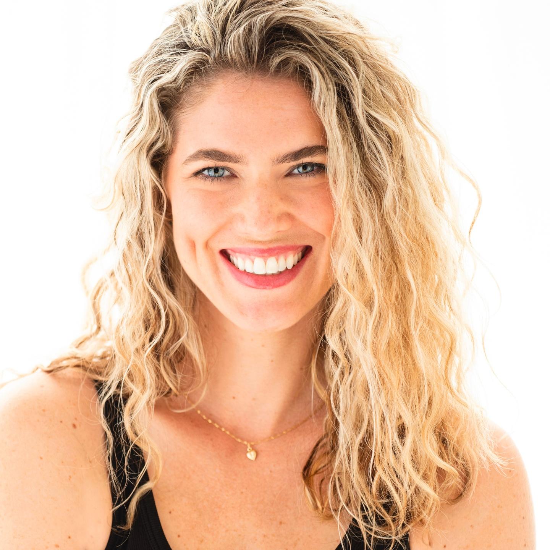 Ava Beilke Headshot