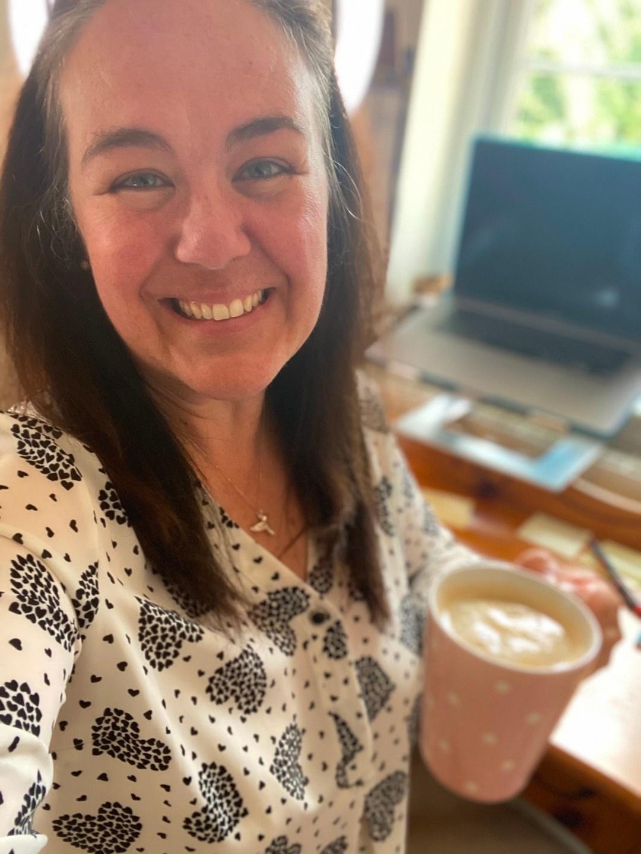 Jo-Anne Mac Millan Therapist Entrepreneur Coach Take Your Business Online