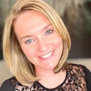 Headshot of Julia Amato