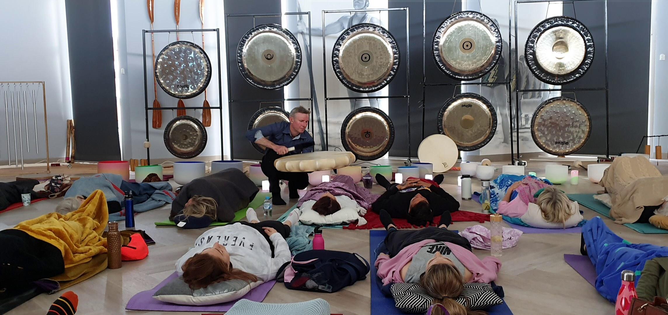 Andrew Cox - Sound Healing in Iluka, Australia
