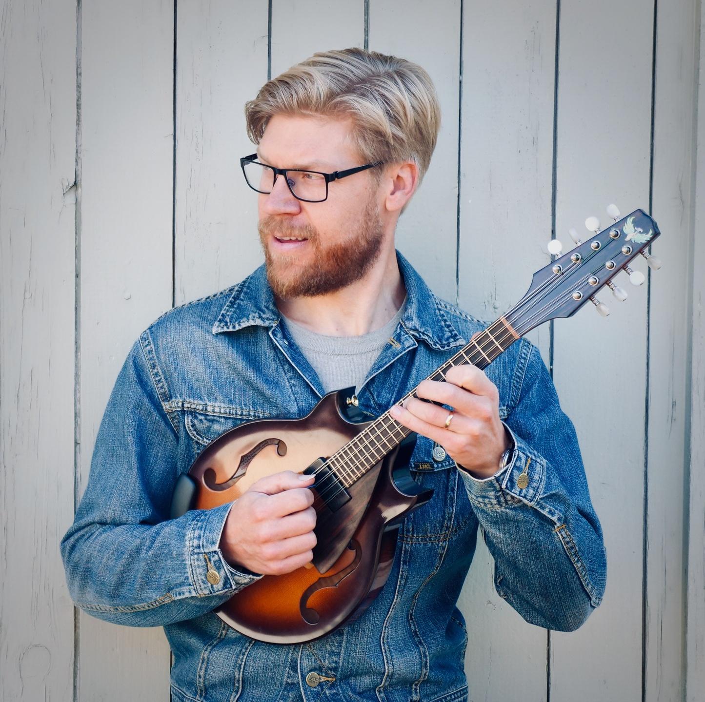 magnus zetterlund guitar instructor teacher
