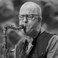 Fred Vigdor teaches at Sax School Online