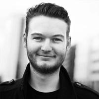 Chris Camm teaches at Sax School Online