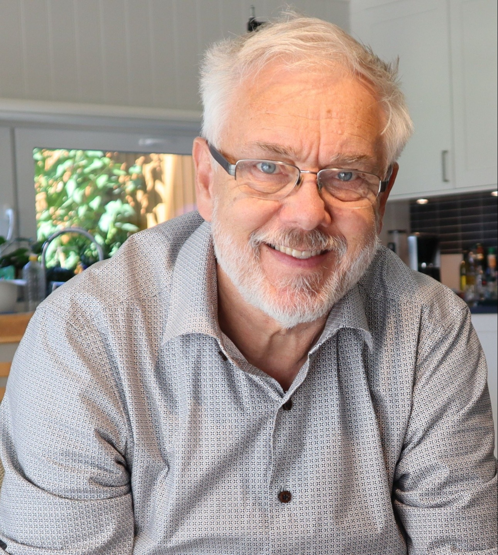 Håvard Lillethun, forfatter av boken  Håvard Lillethun, forfatter av boken  Håvard Lillethun, forfatter av boken Instängd: Mina år i sekten Guds Barn och hur jag blev fri.