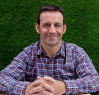 Carlos León Founder at Sustainn