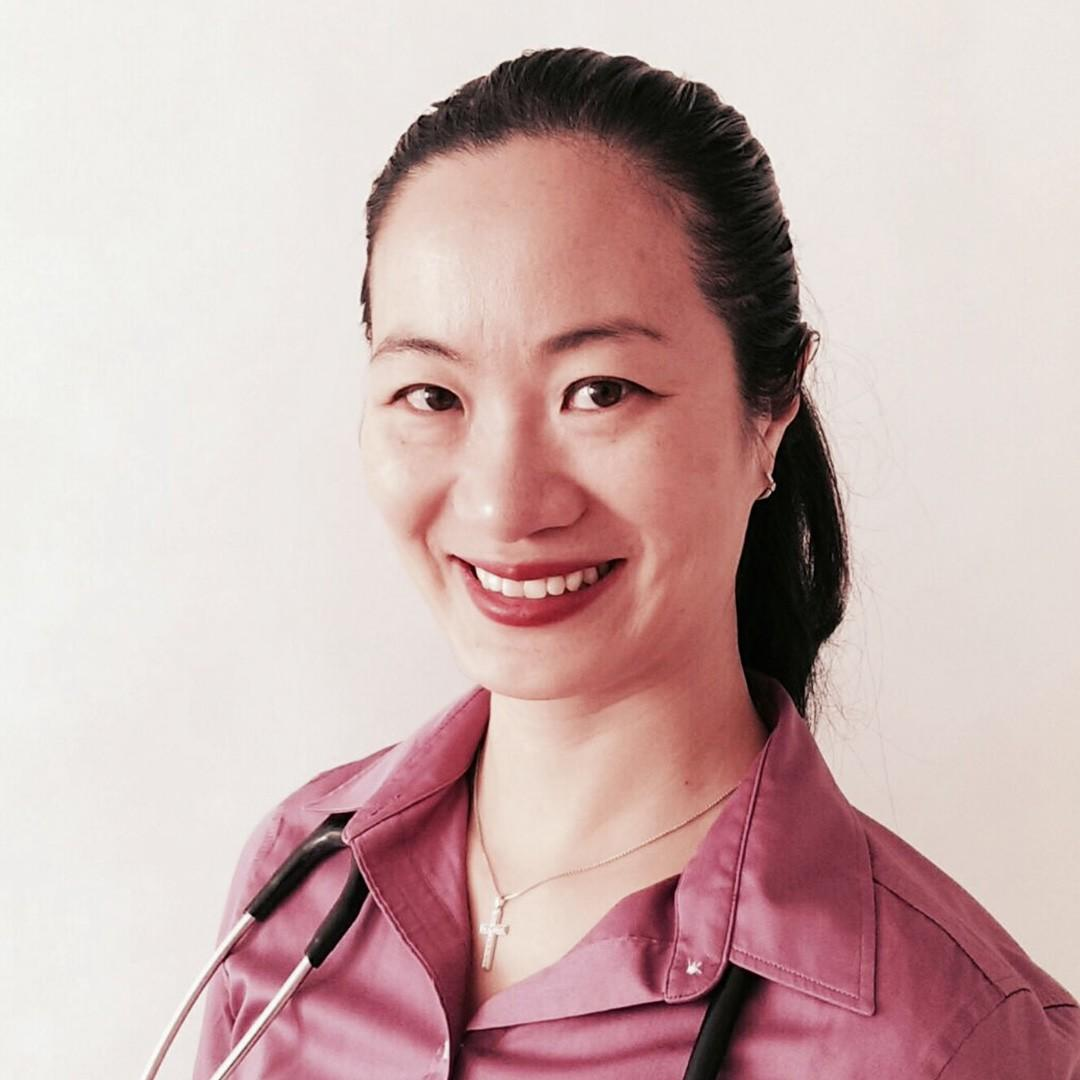 Dr. Amy Tung, ND - Female Naturopathic Doctor Port Credit Mississauga