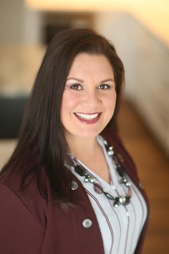 Dr Nicole Knapp Portrait