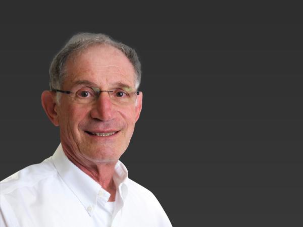 Dr. Manfred Friedman