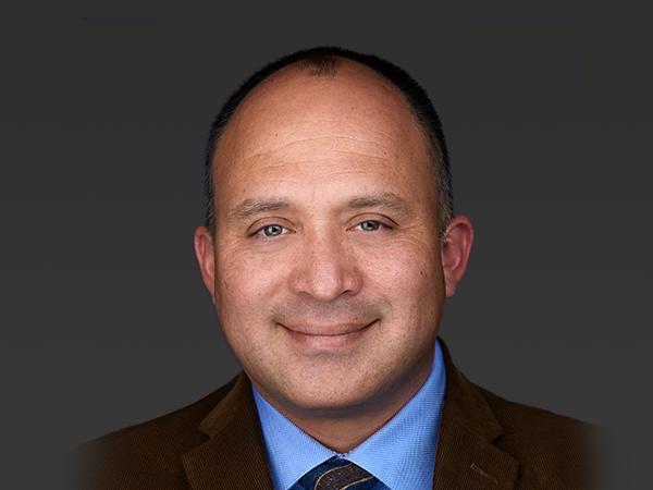 Dr. Rafael Bustamante