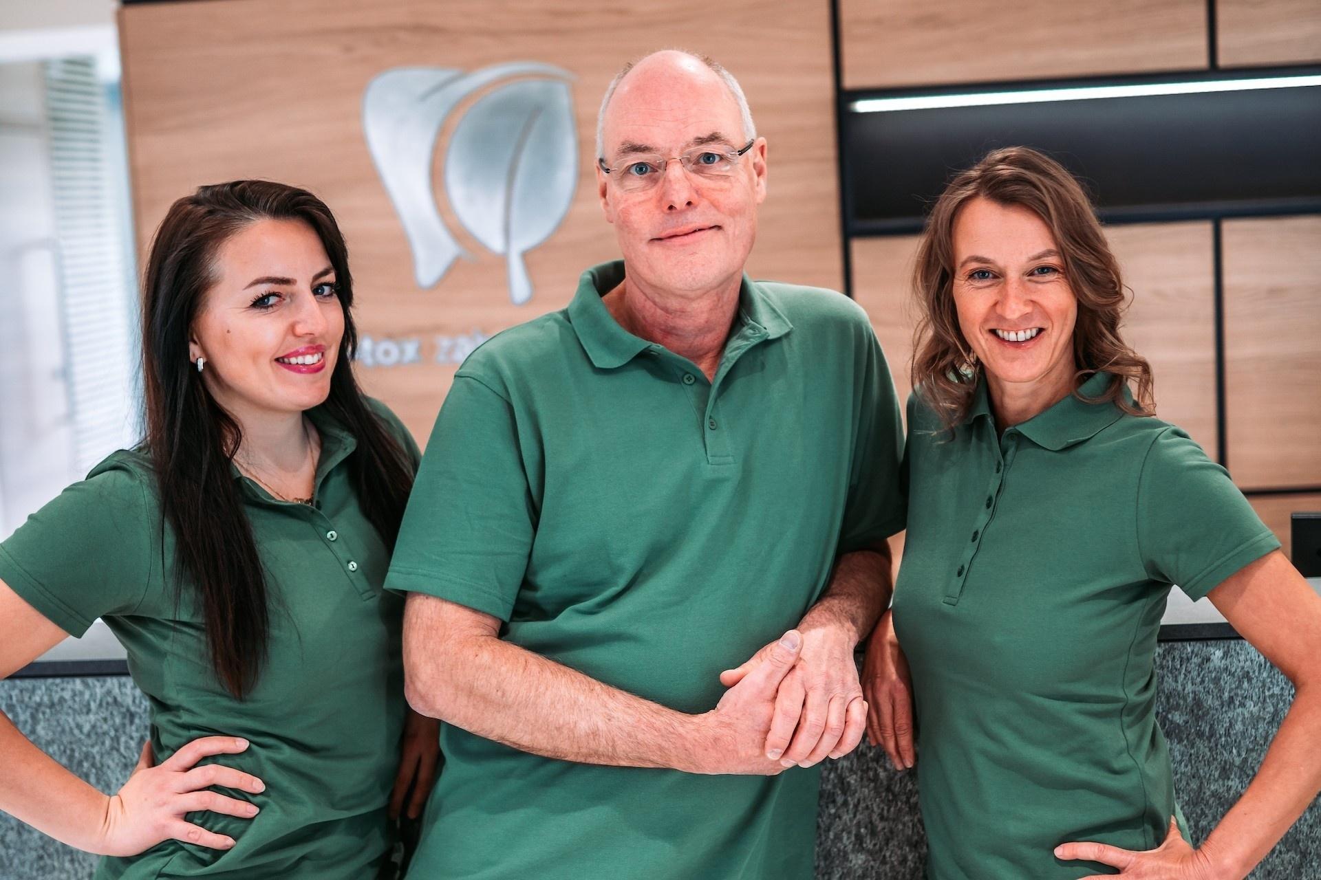 Spezialisten für Biologische Zahnmedizin Dr. Hans-Ulrich Prein, Katrin Lechl, Dr. Tanja Popovic im D-tox Zahnzentrum in Rosenheim