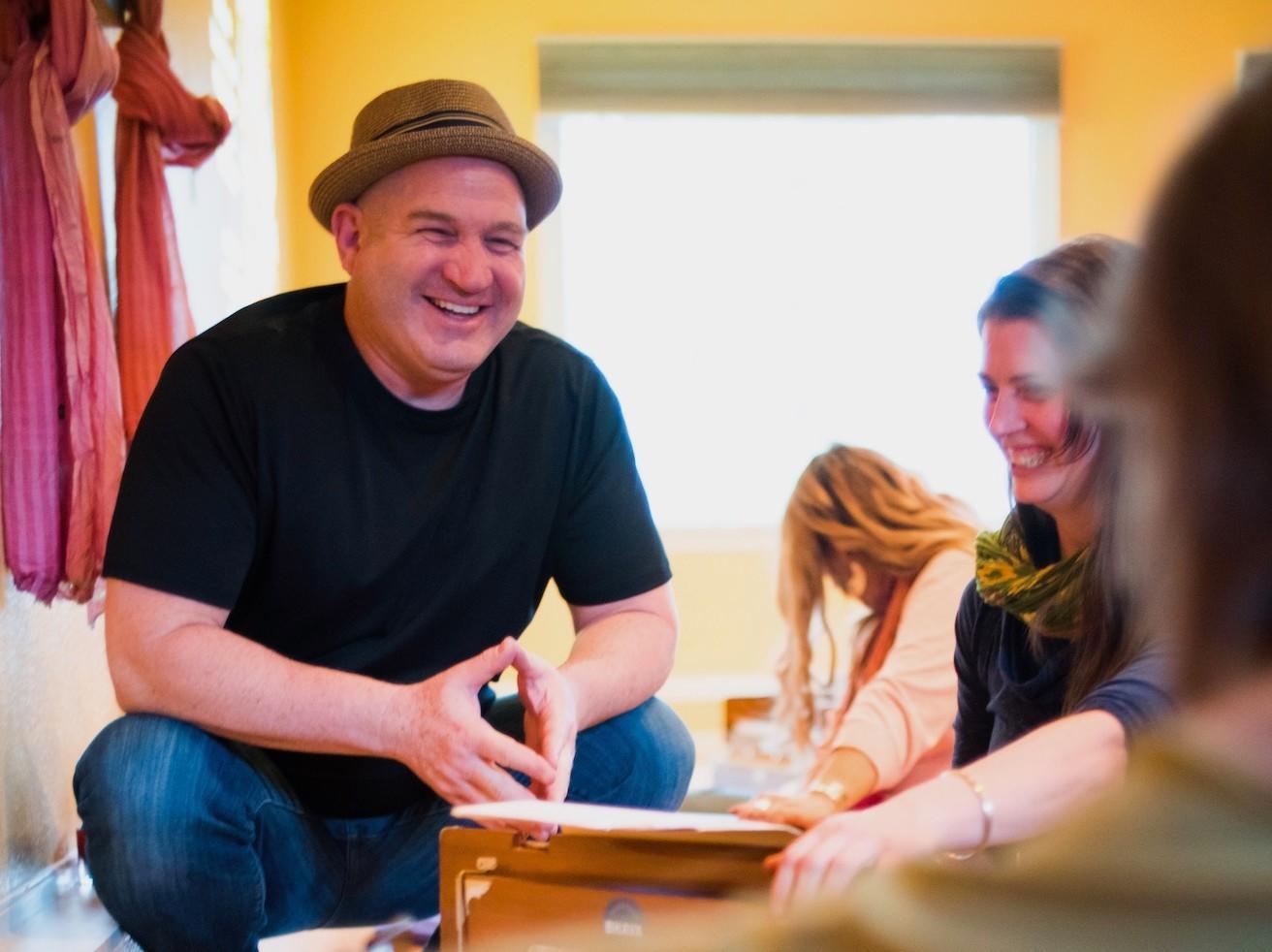 Mike Cohen Teaching Kirtan