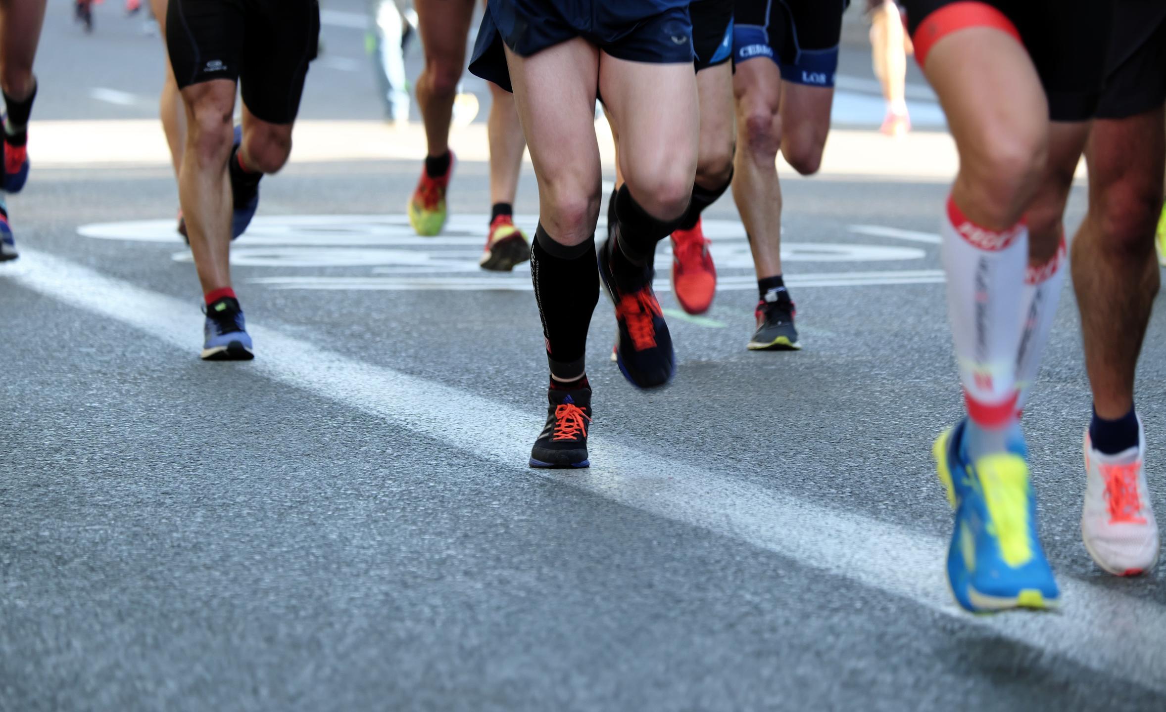 Road race runners