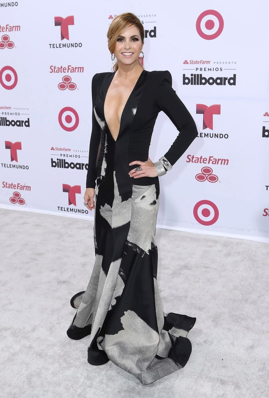 Lucero Premios Billboards