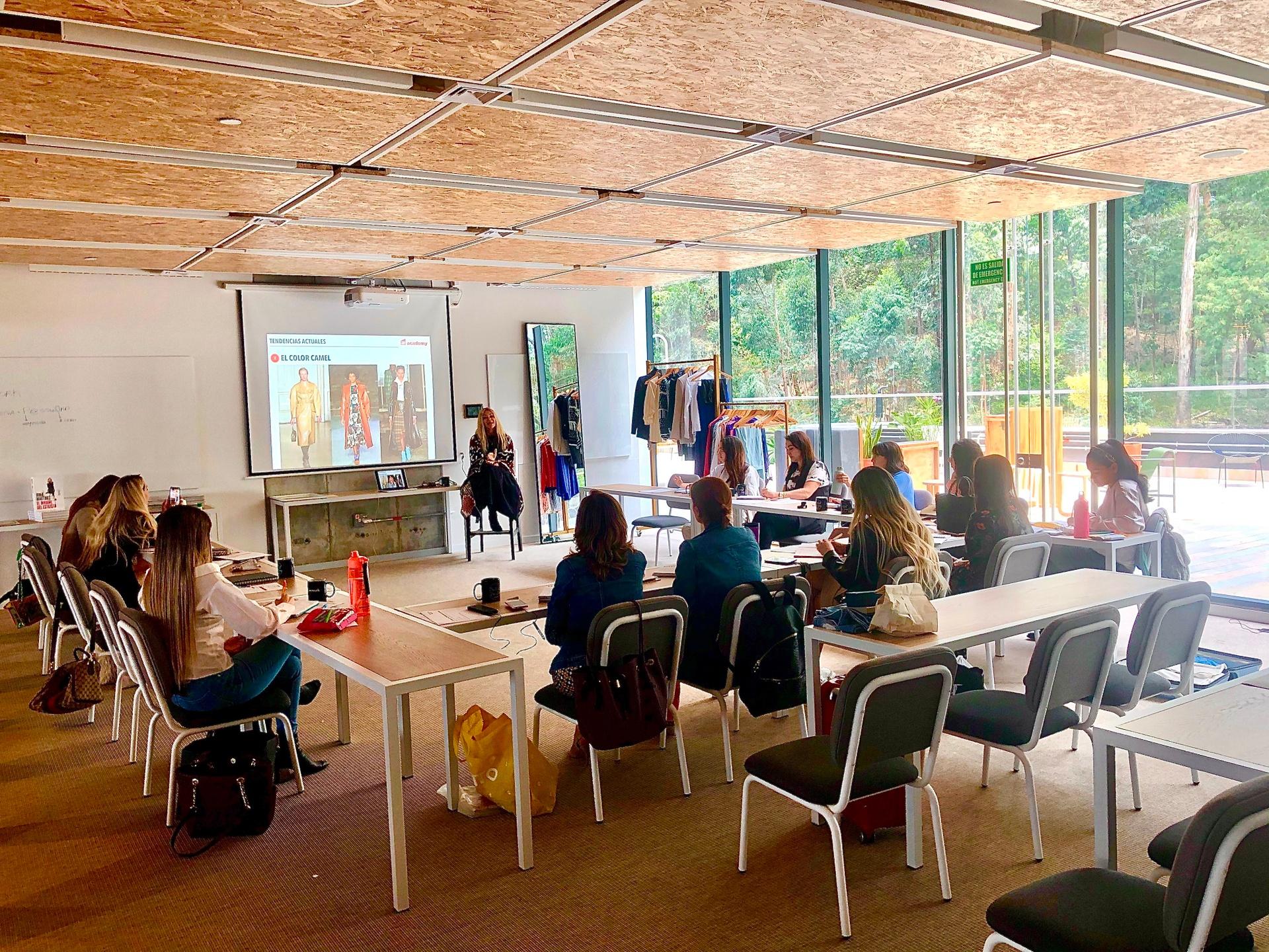 Curso de Trendy Academy del Sistema Trendy en Medellín, Colombia