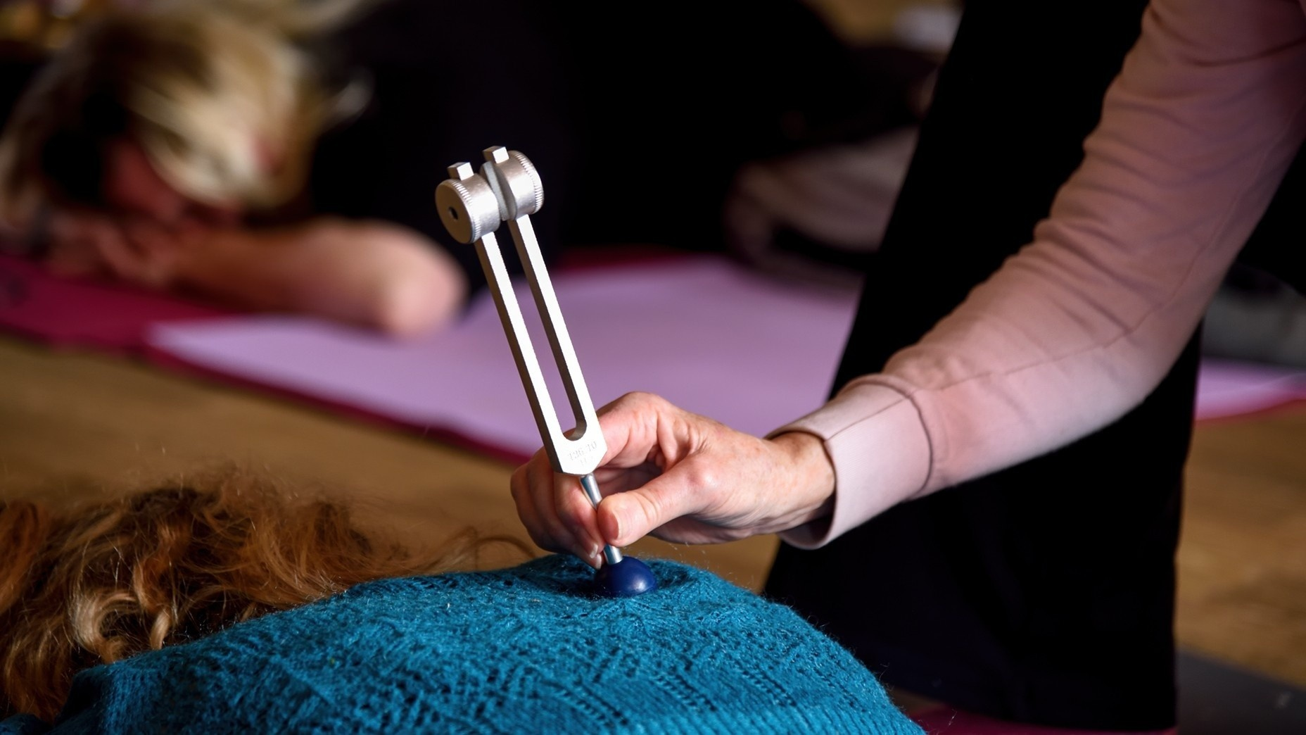 Short Sound Healing Course: How to Heal Effectively With Weighted Tuning Forks