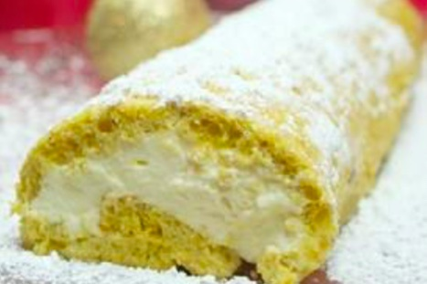 lemon cake with yellow frosting