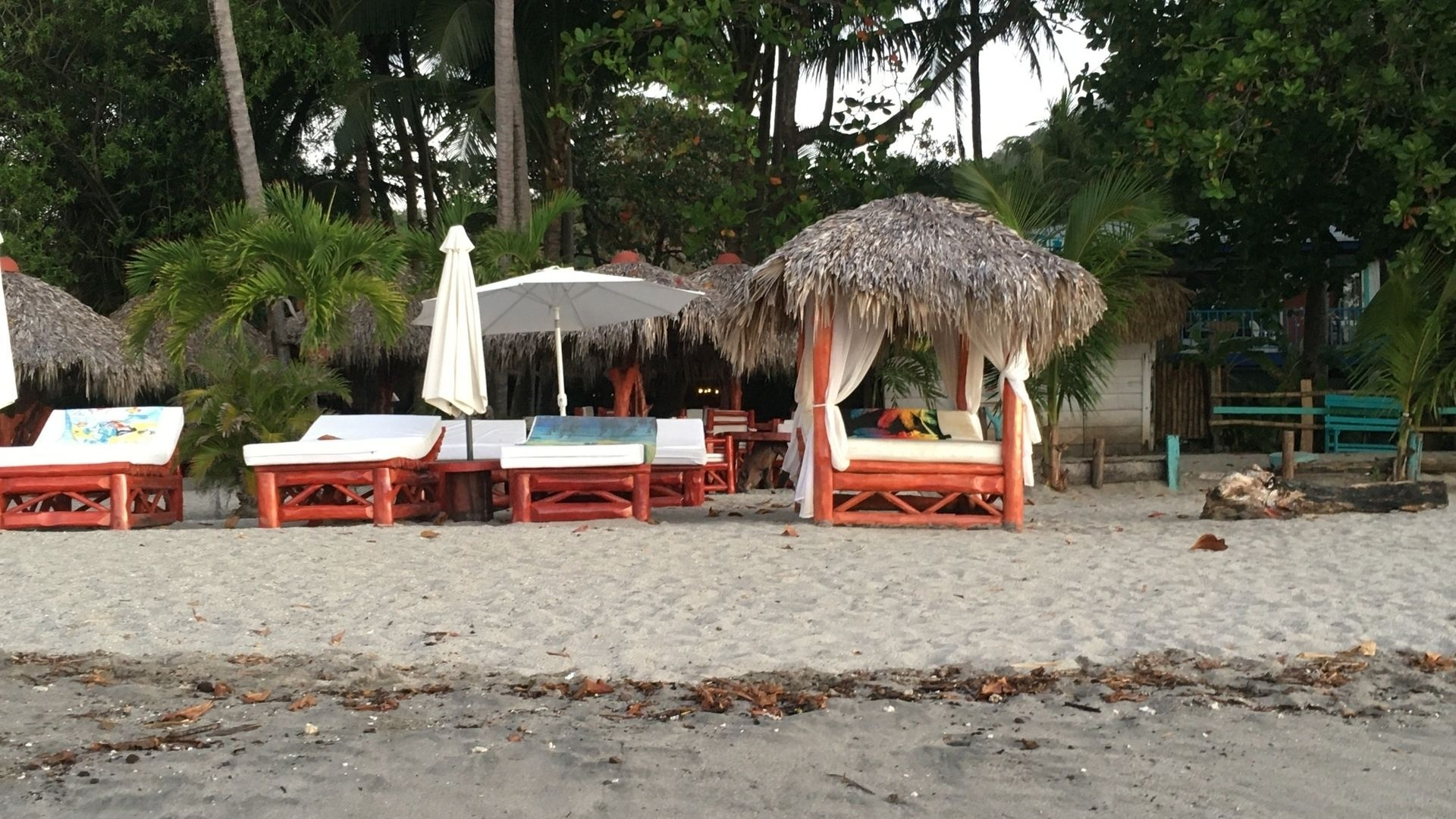 Rent one of these sweet chairs & relax at the beach in Samara