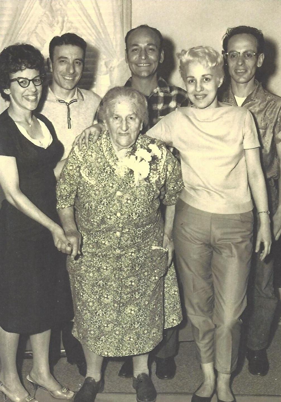 Lucia Debellis Farella & Grandchildren