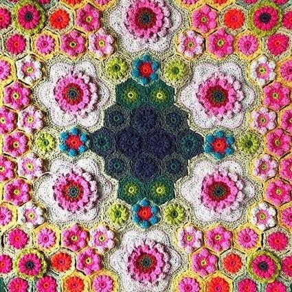 Wallflowers online crochet course