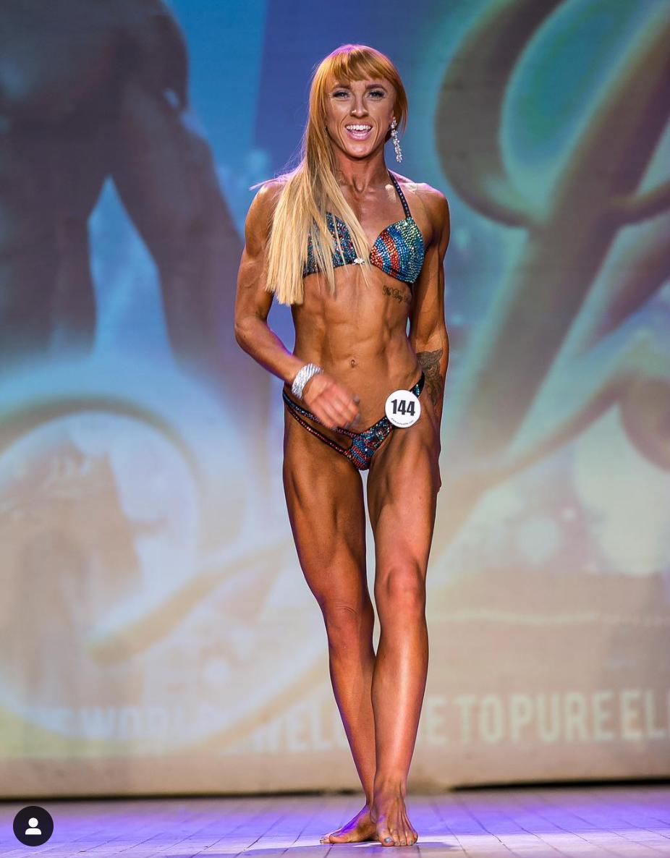 Alice Black Pure Elite Figure Champion Comp Prep coaching