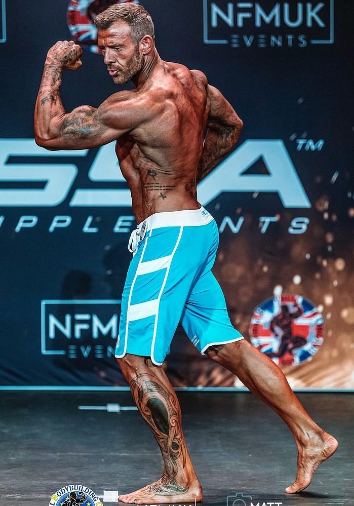 Paul remmer Mens physique over 35's bodybuilder client