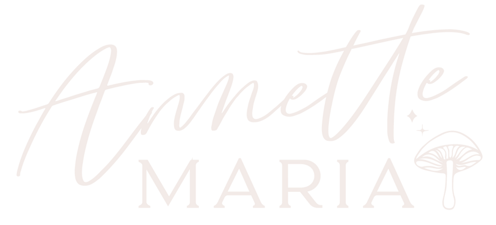 Annette Maria Logo