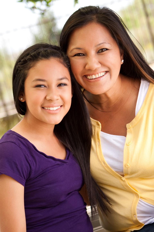 mom and tween daughter menstruation